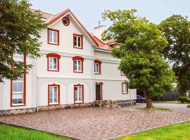 Hotel Aquamarine, hotel in Jantarny