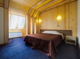 Отель Суфуруджу Лесной, отель в Домбае