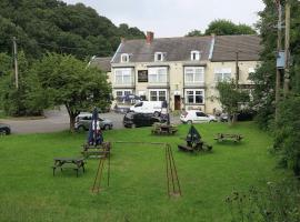 Fox & Hound Hotel, hotel near Riverside Stadium, Guisborough
