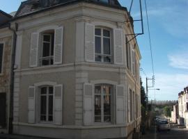 Chambre d'hôtes Le Gouverneur, B&B in Nogent-le-Rotrou