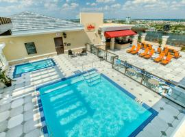 Ramada Plaza Suites Universal Studios, hotel near Universal Studios' Islands of Adventure, Orlando
