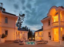 Villas & SPA by Ostrova, holiday home in Sochi