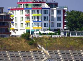 Family Hotel Elit, hotel in Kiten