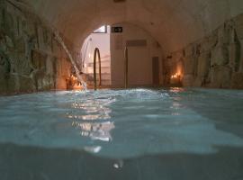 S'Hotelet d'es Born - Suites & SPA, hotel in Ciutadella