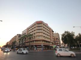 Grand Corner Boutique Hotel, hotel near Izmir Adnan Menderes Airport - ADB, Izmir