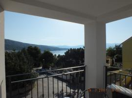 Apartments Amore, pet-friendly hotel in Baška