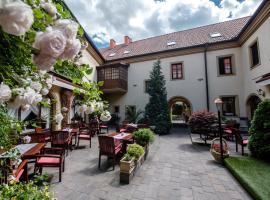 Hotel Octarna, hotel v Kroměříži