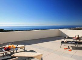 Marbella Luxury Penthouse, luxury hotel in Marbella