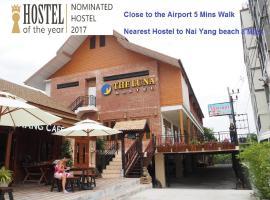 The Luna, hotel near Blue Canyon Country Club, Nai Yang Beach