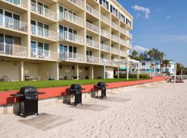 Island Inn Beach Resort, hotel in Treasure Island , St. Pete Beach