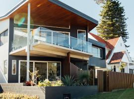 BULC Boutique Bed & Breakfast, hotel near Lake Macquarie Yacht Club Marina, Belmont
