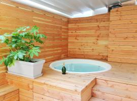 loft romantique spa, hotel with jacuzzis in Nice