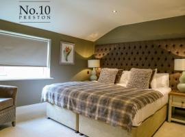 No.10 Preston, hotel near Lancashire County Council, Preston