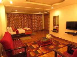FabHotel The Meru, hotel near Sikkim Manipal University Distance Education, Gangtok