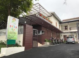 Jayagiri Guesthouse, hotel in Lembang