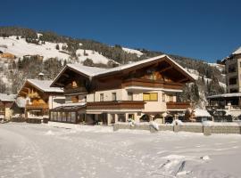 Hotel Tristkogel, hotelli Saalbachissa