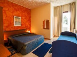 Al Piccolo Hotel, hotel en Marghera