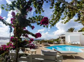 Rhenia Hotel, hotel in Tourlos