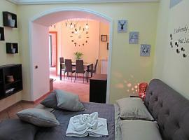 Al Nove e TreQuarti, holiday home in Salerno