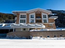 Hotel Garni Alpenland, hotel in Ischgl