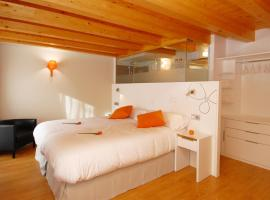 Hostal riMboMbin, hotel en Burgos