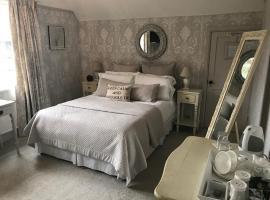 West Tyning, family hotel in Bath