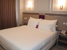 Horison Inn Alaska, hotel near Blenduk Church, Semarang