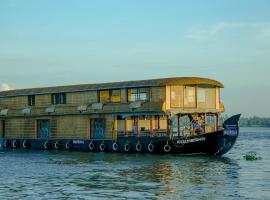 Harmony Houseboats, boat in Alleppey