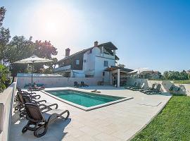 Villa Paolija, hotel near Aquapark Istralandia, Novigrad Istria