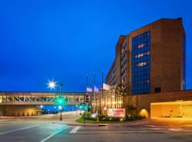 Best Western Premier Waterfront Hotel & Convention Center, hotel in Oshkosh