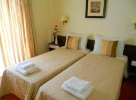 Arion hotel, hotel in Loutraki