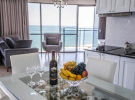 Tina's Apartments with Panoramic Sea view, hotel near Batumi International Airport - BUS,