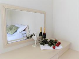 Weeks Away Yarm riverside apartment, hotel near Durham Tees Valley Airport - MME,