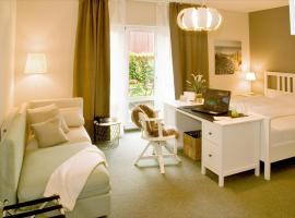 Hotel Auszeit, hotel near Hannover Airport - HAJ, Isernhagen