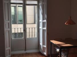 I19 - One Bedroom Apartment, hotel near Chueca Metro Station, Madrid