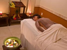Laguna Suites Golf & Spa - All inclusive, hotel near The City Nightclub, Cancún