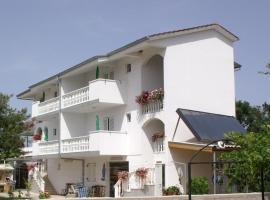Apartments with a parking space Zablace, Sibenik - 4219, apartment in Zablaće