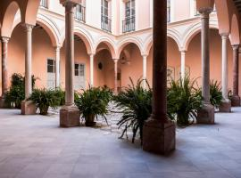 Palacio Mármoles, self-catering accommodation in Seville