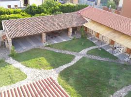 Sa Domu e Crakeras, guest house in Oristano