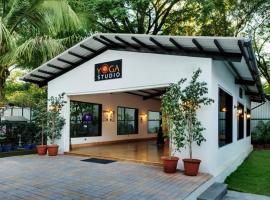Hotel Sunderban Resort & Spa, hotel near Pune Junction Train Station, Pune