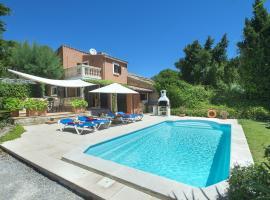 Lovely Villa Bennasar in Beautiful Location, hotel with parking in Pollença
