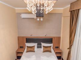 Hotel Crnogorska Kuća, hotel u gradu Podgorica