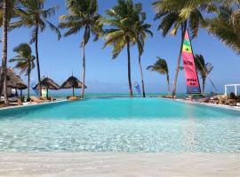 The Loop Beach Resort, hotel in Jambiani