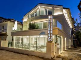 Hotel Villa Hermosa, hotel near Viale Ceccarini, Riccione