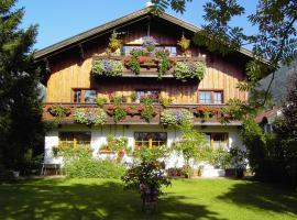 Happy Camp Hofherr, guest house in Lermoos