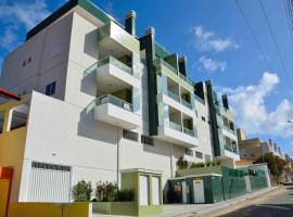 Bombinhas, Brasil, Apto 201 Res. Luana, Rua Salema, apartment in Bombinhas