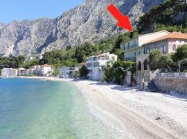 Apartments by the sea Drasnice, Makarska - 2644, hotel in Drasnice