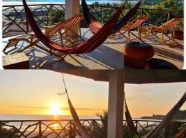 Esperanto Bed & Breakfast Surf Hostel, hotel in Montañita