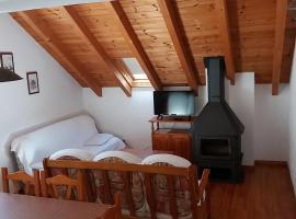 Apartaments Morello, hotel in Esterri d'Àneu