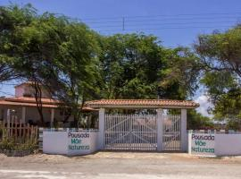 Pousada Mae Natureza, guest house in Icapuí